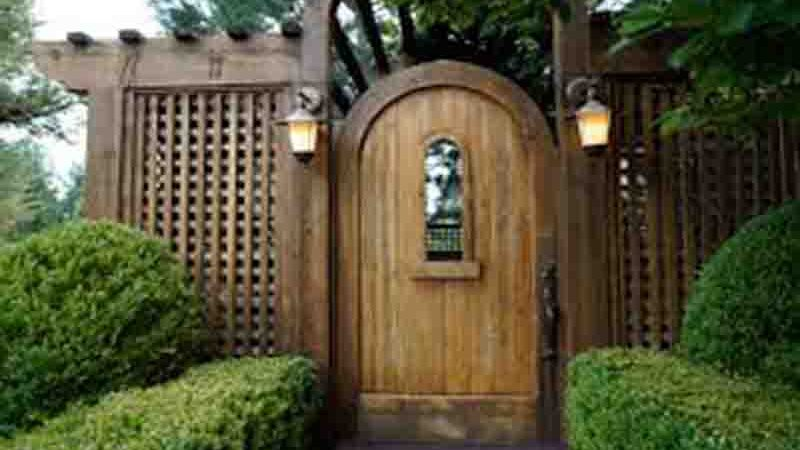 Bungalow Garden Gates – The Gate Can Really Express Your Garden Style