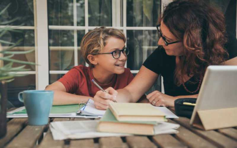 8 Essential Time Management Tips for Homeschoolers